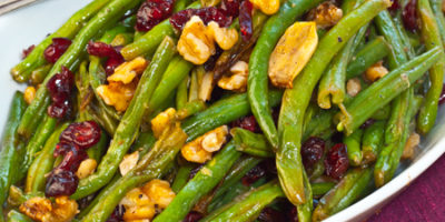 roasted green beans with walnuts and dried cranberries