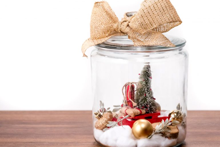 Create a mini North Pole in a jar
