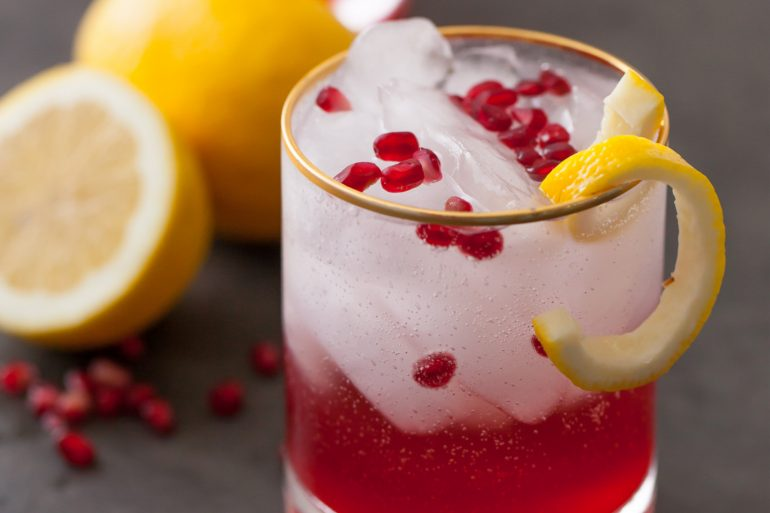 pomegranate-cranberry-bourbon-sparkler