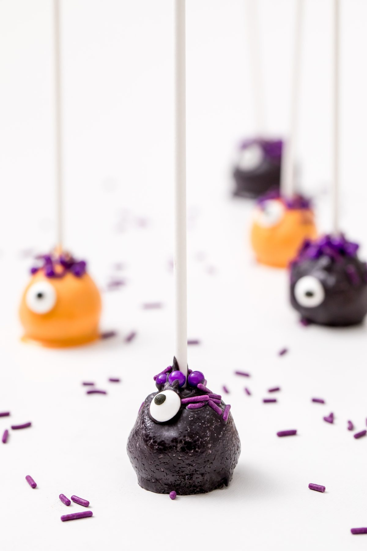 Monster cake pops are so cute you may not even want to eat them!