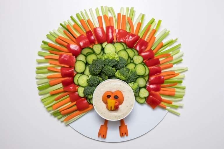 5D4B4846 - Turkey Veggie Tray