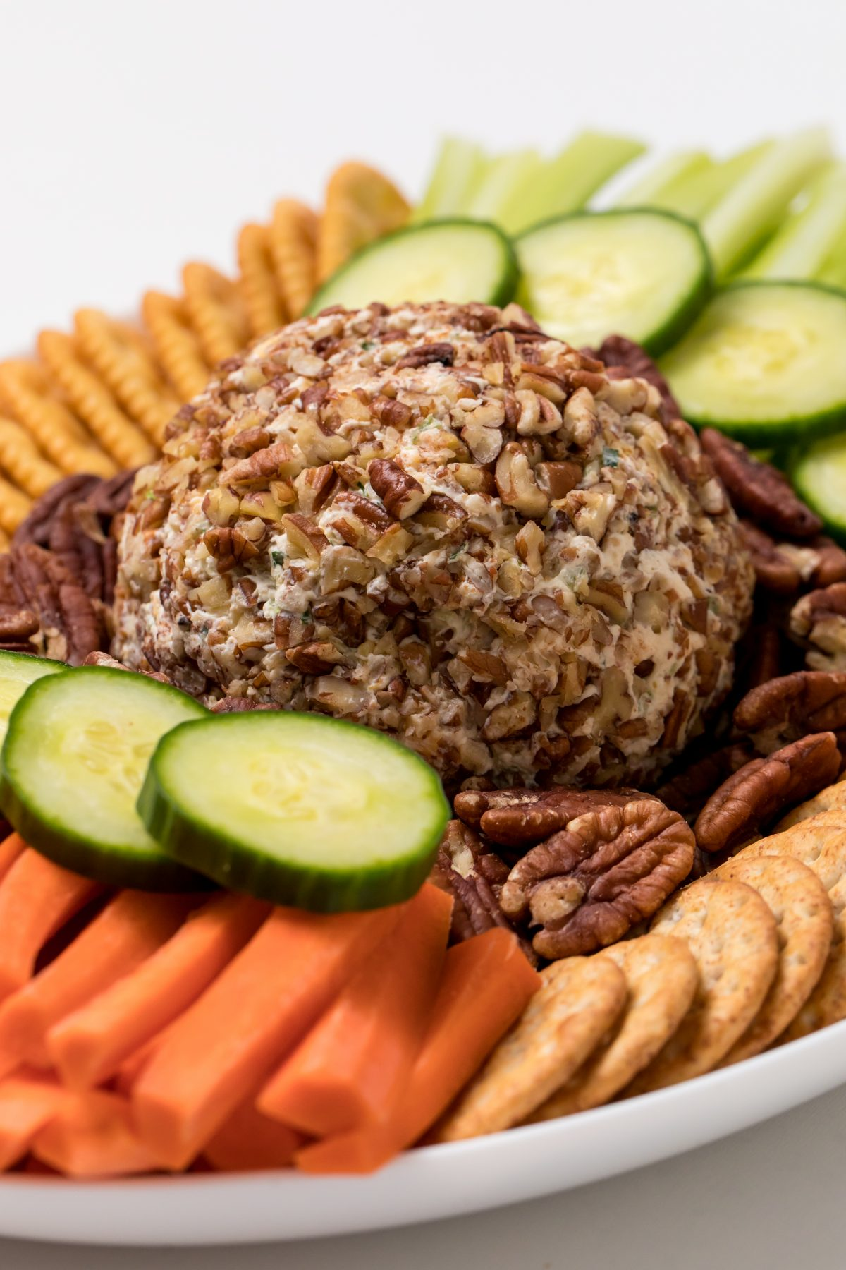 5D4B6457 - Easy Bacon Jalapeno Cheese Ball