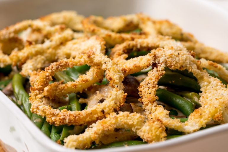 5D4B7448 - Creamy green bean casserole from scratch