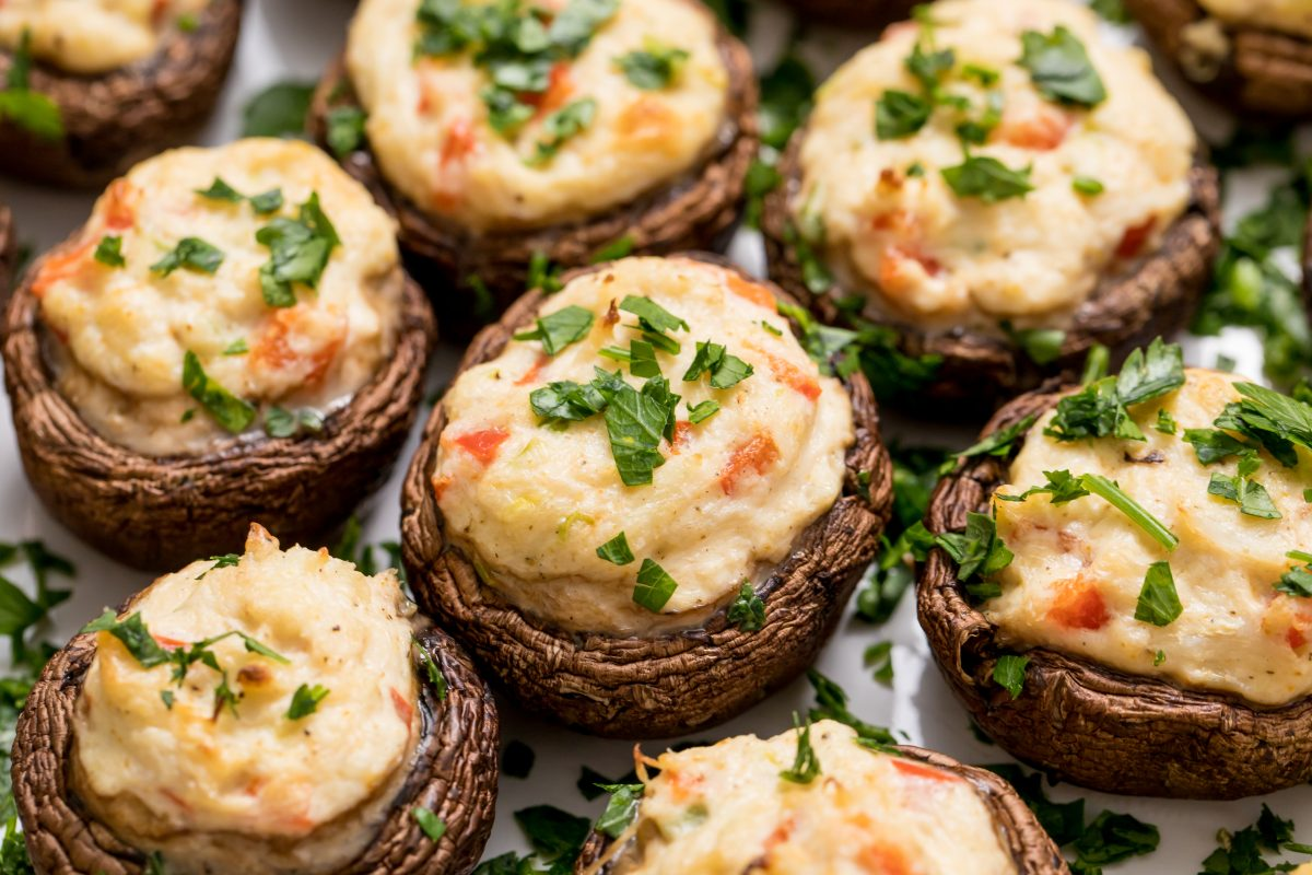 5D4B1194-Crab-Stuffed-Mushrooms