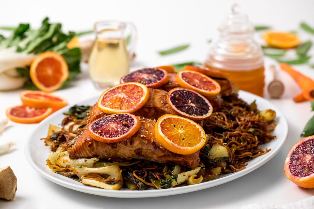 5D4B1827 - Salmon Yakisoba with Blood Oranges - Gorgeous orange and purple colors pop