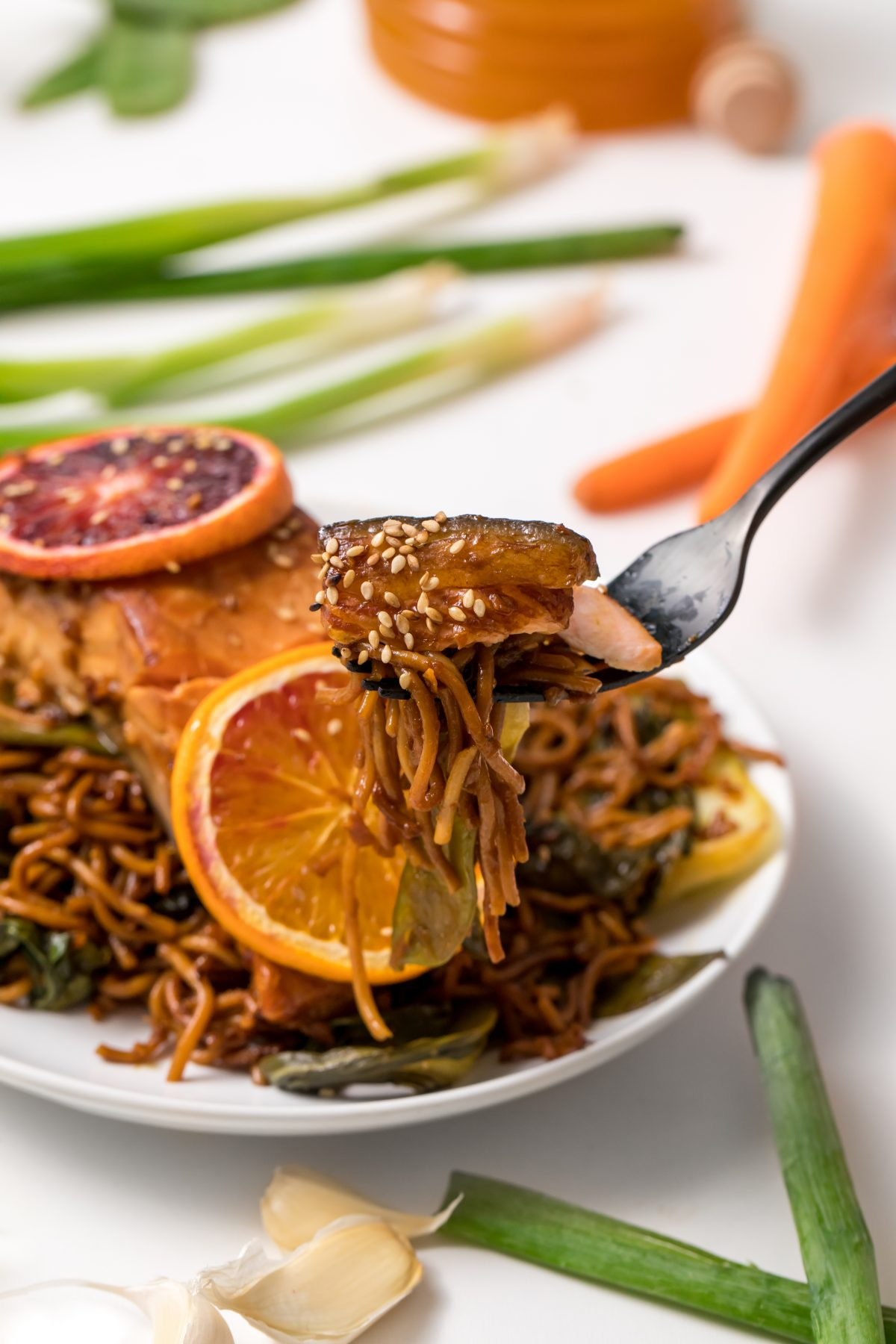 5D4B1955 - Salmon Yakisoba with Blood Oranges
