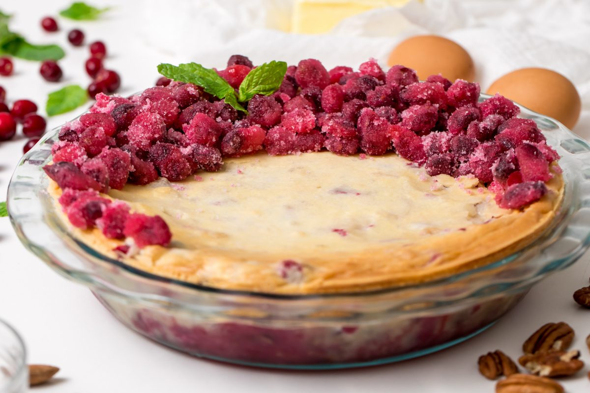 5D4B2317 - Nantucket Christmas Cranberry Pie - Bake the pie and decorate