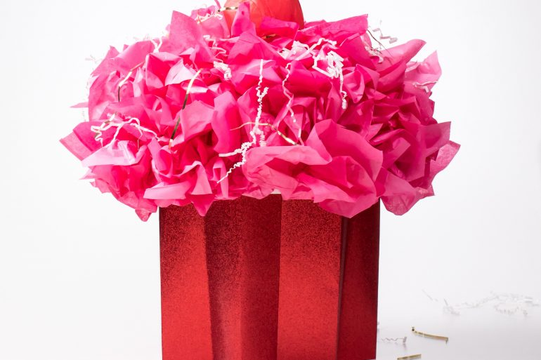 5D4B8249 - Cupcake Valentine Day Box