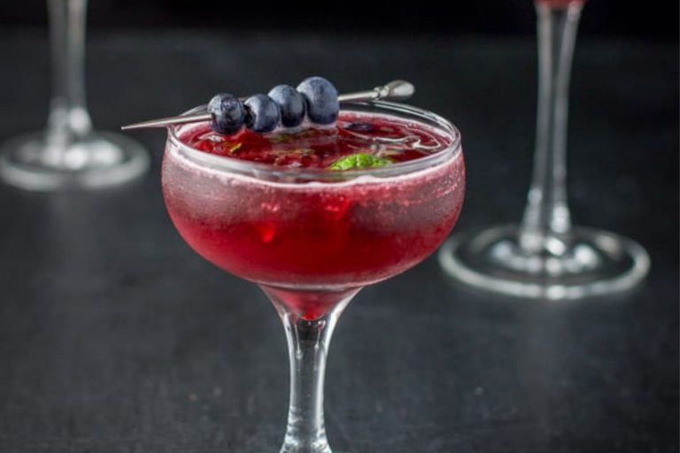 blue-berry-mint-cosmo-feature