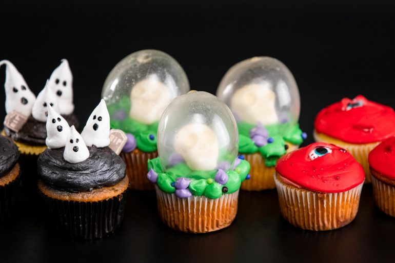 halloween cupcakes fi all three