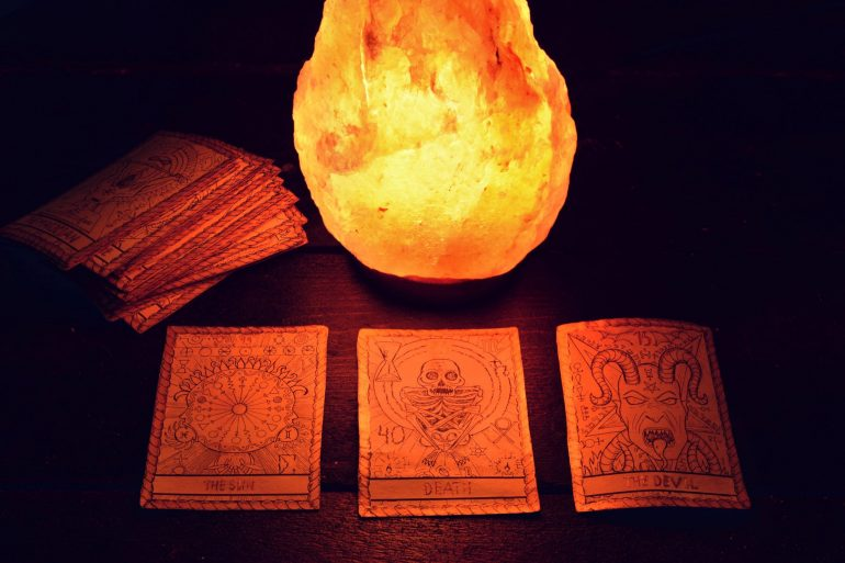 tarot card reading by a witch